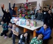 Kids +presents