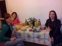 Girls+food
