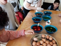 Botevgrad Coloring eggs