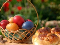 Mezdra Easter bread + eggs