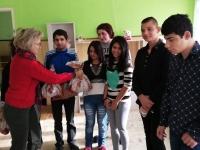 BOROVAN - giving presents 1