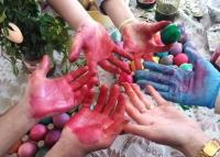 MEZDRA coloring hands 1