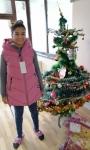 dUPNITSA - A GIRL WITH PRESENTWS