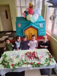 Pleven Kids with ready eggs 1