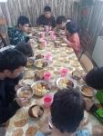 Roman 2 Easter dinner
