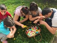 Vratsa - Vessa Children with colored eggs