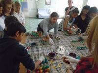 VRATSA - AZ - decirating eggs