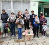Children, presents, Anita + Albi 1