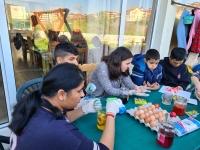 STZ Nellie Coloring eggs